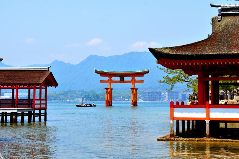 厳島神社(Itsukushima Shrine)