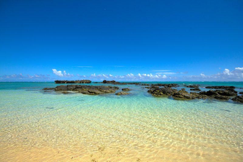 青空と透き通る海(Blue sky and the clear ocean)